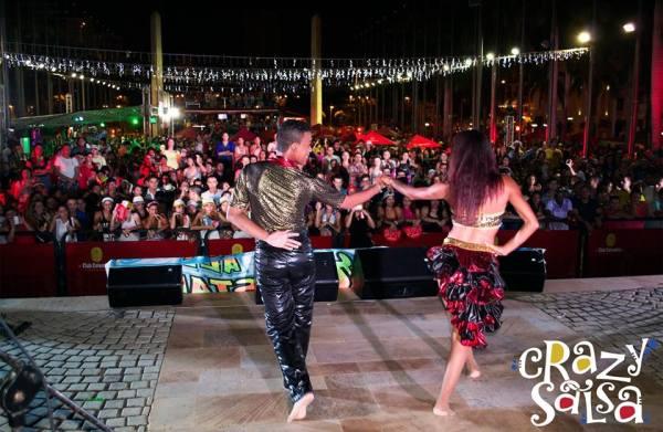 Crazy salsa dance school