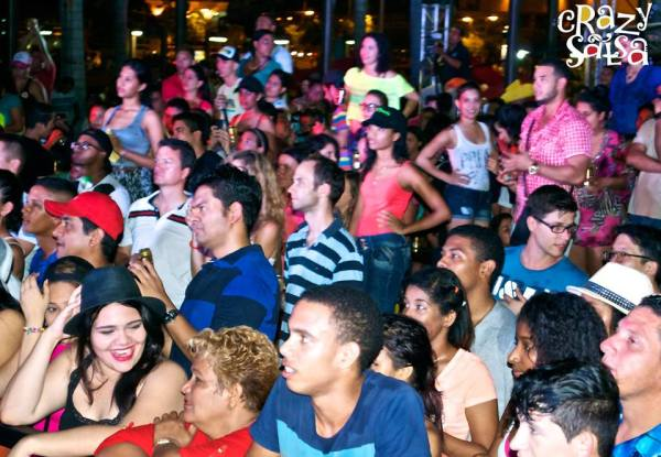 crazy salsa show centro de convenciones